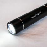 Batterie de secours RAVPower® 3000mah RP-PB08 avec lampe LED allumée - Luster mini
