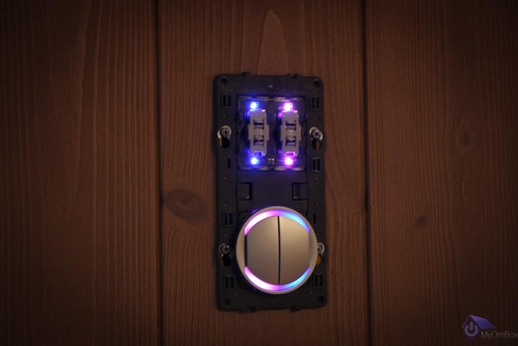 interrupteur à led connecté au BUS Legrand 067556